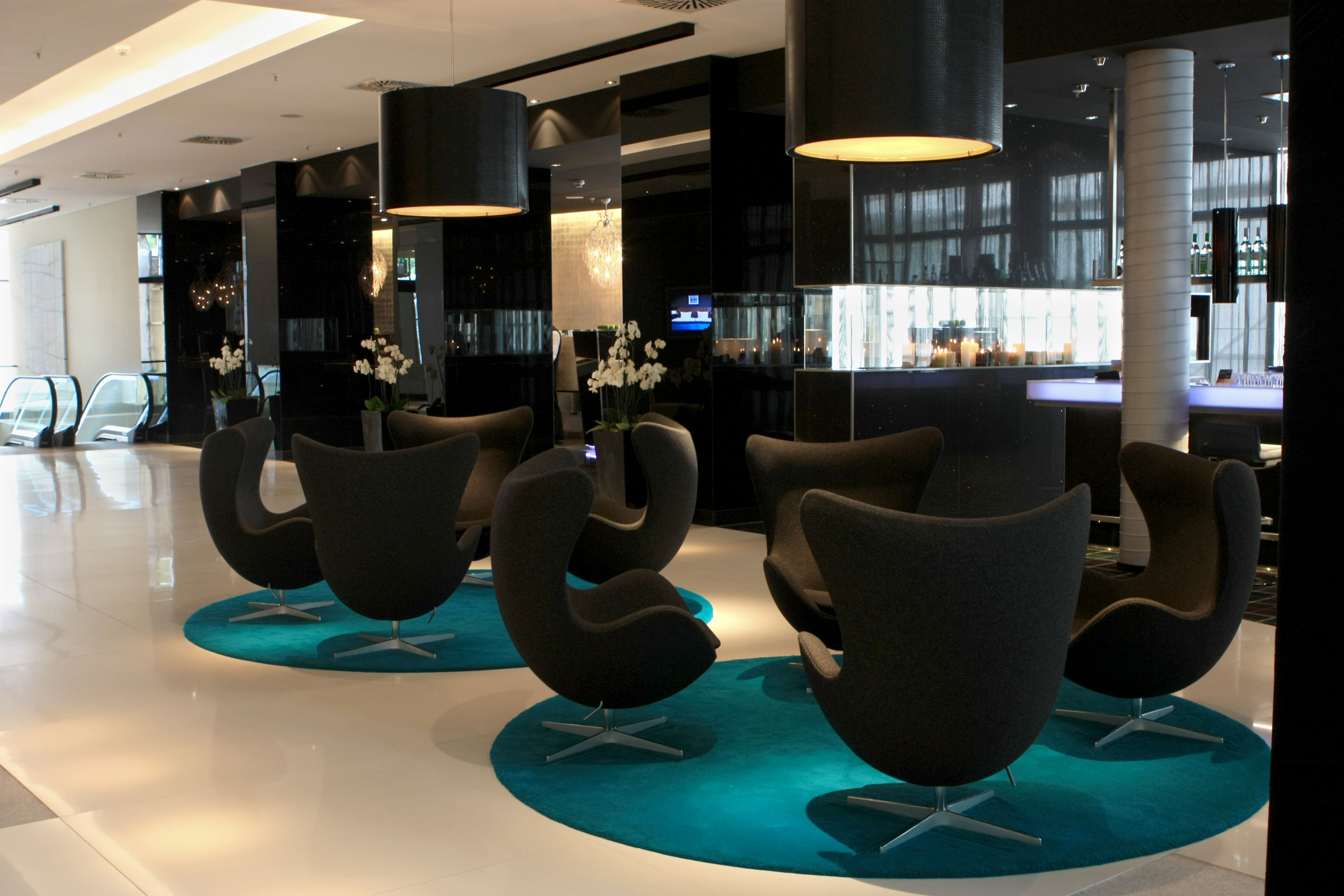 10 CONTEMPORARY SUSPENSION LIGHTS FOR YOUR HOTEL PROJECT – Hotel Lobbies