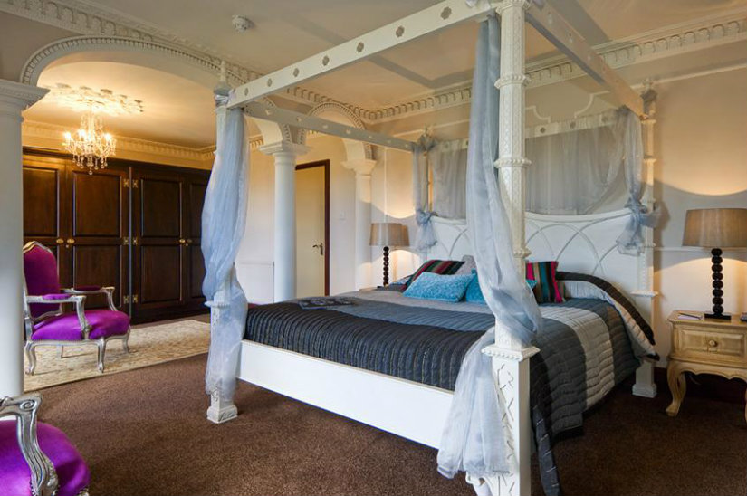 2019 luxury hotel room trends