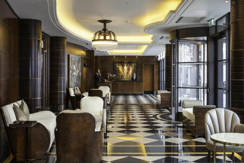 Best London hotels - Beaumont lobby hotel decor