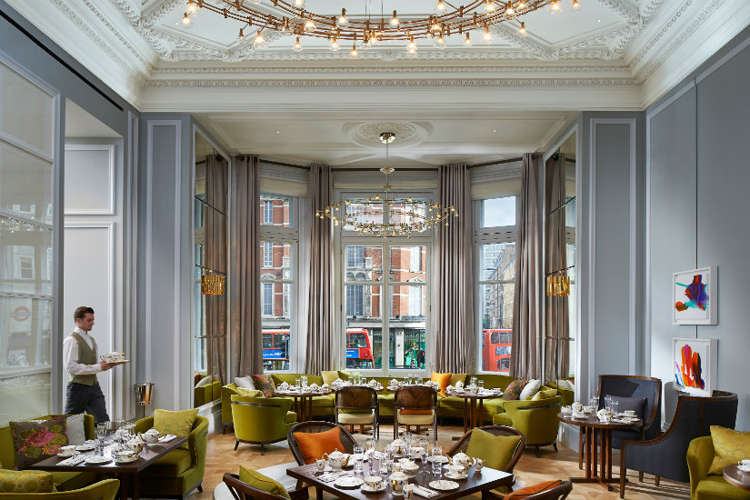 Best London hotels - Mandarin Oriental lounge decor